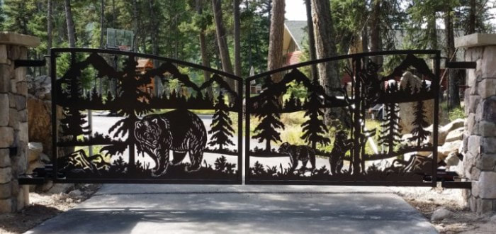 Bear and Cubs Gate Design by DXF Design #dxfdesign #dxf #plasma #laser #waterjet #cnc #metalart #welding